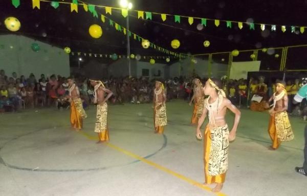 Aniversário da cidade : Noite da educação foi um espetáculo em Canavieira  - Imagem 12
