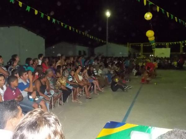 Aniversário da cidade : Noite da educação foi um espetáculo em Canavieira  - Imagem 30