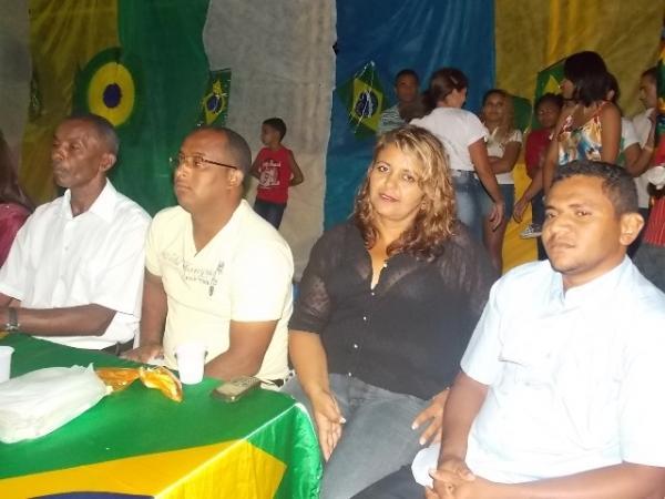 Aniversário da cidade : Noite da educação foi um espetáculo em Canavieira  - Imagem 39
