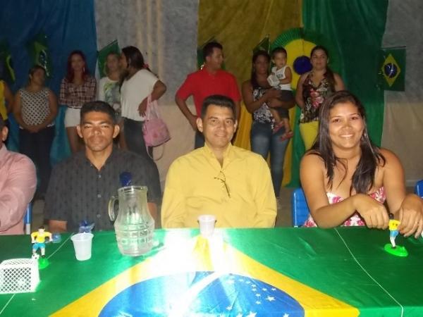 Aniversário da cidade : Noite da educação foi um espetáculo em Canavieira  - Imagem 36