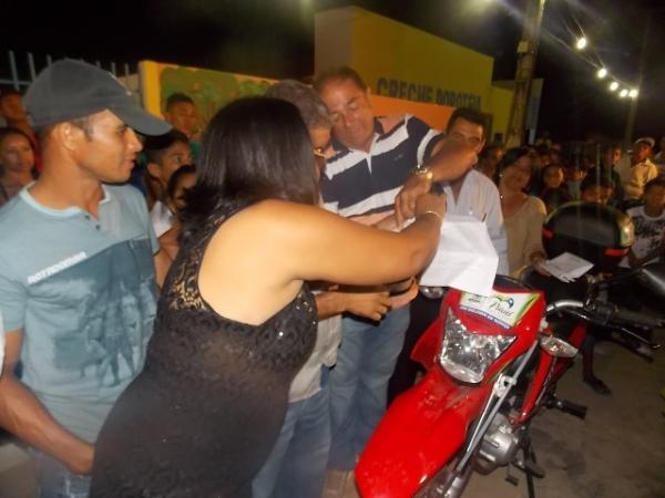 Canavieira comemora 22 anos com inaugurações, corte de bolo e muita festa.  - Imagem 10
