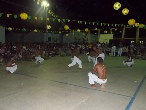 Aniversário da cidade : Noite da educação foi um espetáculo em Canavieira  - Imagem 59