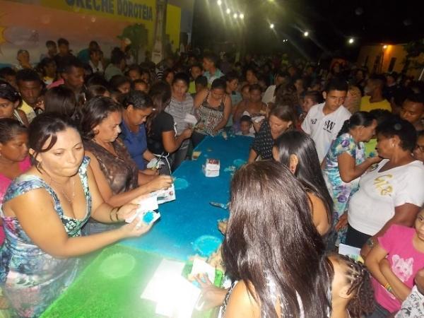 Canavieira comemora 22 anos com inaugurações, corte de bolo e muita festa.  - Imagem 4