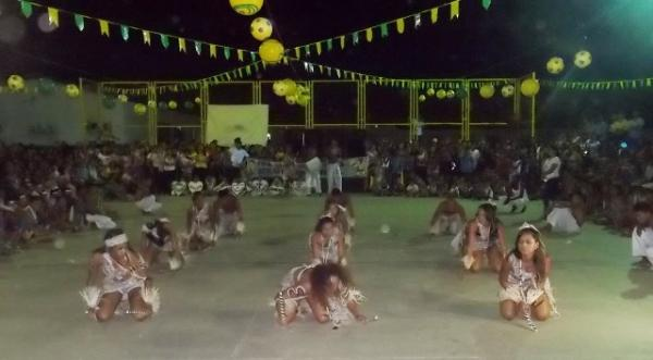 Aniversário da cidade : Noite da educação foi um espetáculo em Canavieira  - Imagem 63