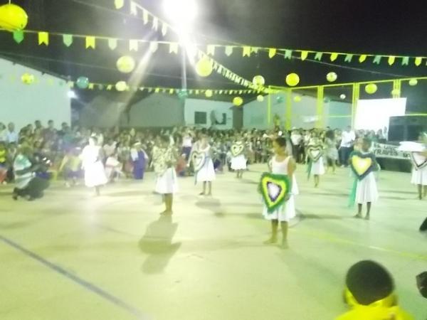 Aniversário da cidade : Noite da educação foi um espetáculo em Canavieira  - Imagem 66