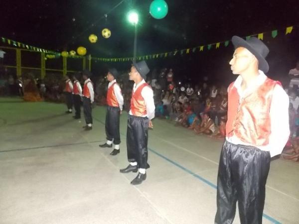 Aniversário da cidade : Noite da educação foi um espetáculo em Canavieira  - Imagem 9