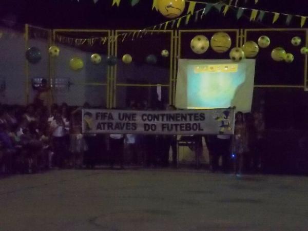 Aniversário da cidade : Noite da educação foi um espetáculo em Canavieira  - Imagem 75