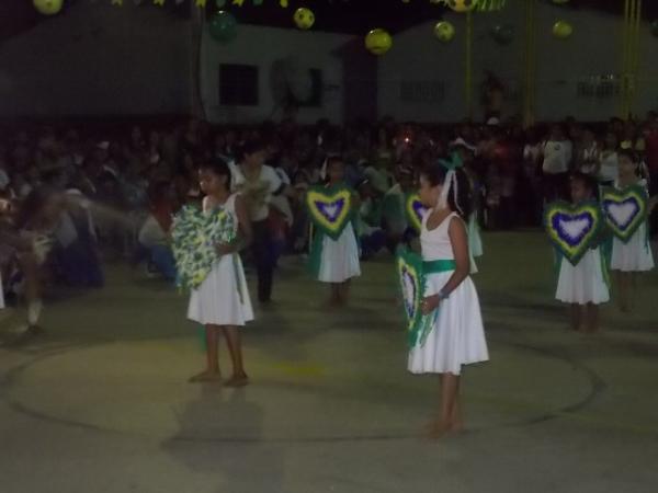 Aniversário da cidade : Noite da educação foi um espetáculo em Canavieira  - Imagem 67