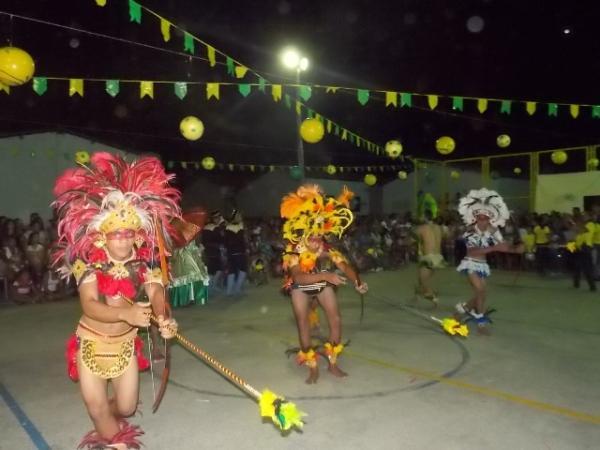 Aniversário da cidade : Noite da educação foi um espetáculo em Canavieira  - Imagem 25