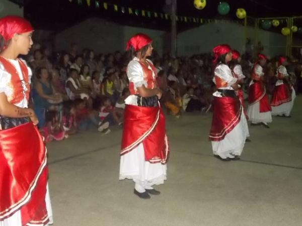 Aniversário da cidade : Noite da educação foi um espetáculo em Canavieira  - Imagem 8