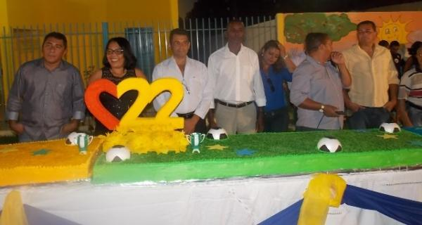 Canavieira comemora 22 anos com inaugurações, corte de bolo e muita festa.  - Imagem 24