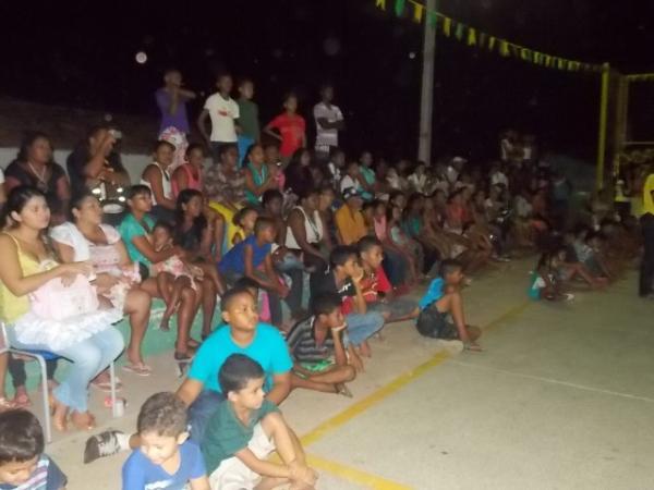 Aniversário da cidade : Noite da educação foi um espetáculo em Canavieira  - Imagem 19