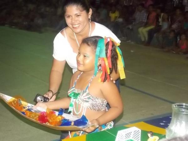 Aniversário da cidade : Noite da educação foi um espetáculo em Canavieira  - Imagem 64