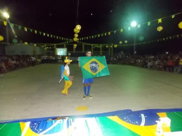 Aniversário da cidade : Noite da educação foi um espetáculo em Canavieira  - Imagem 72