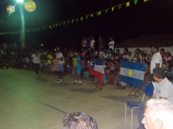 Aniversário da cidade : Noite da educação foi um espetáculo em Canavieira  - Imagem 70
