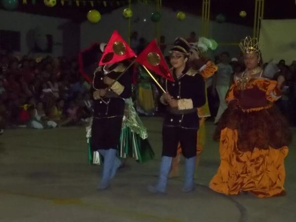 Aniversário da cidade : Noite da educação foi um espetáculo em Canavieira  - Imagem 27