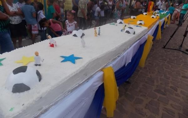 Canavieira comemora 22 anos com inaugurações, corte de bolo e muita festa.  - Imagem 27