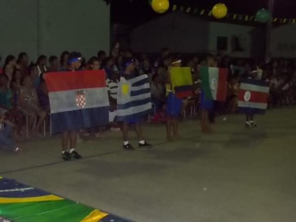 Aniversário da cidade : Noite da educação foi um espetáculo em Canavieira  - Imagem 69