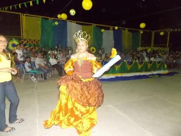 Aniversário da cidade : Noite da educação foi um espetáculo em Canavieira  - Imagem 11