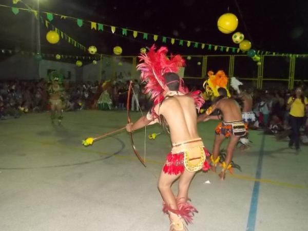 Aniversário da cidade : Noite da educação foi um espetáculo em Canavieira  - Imagem 24