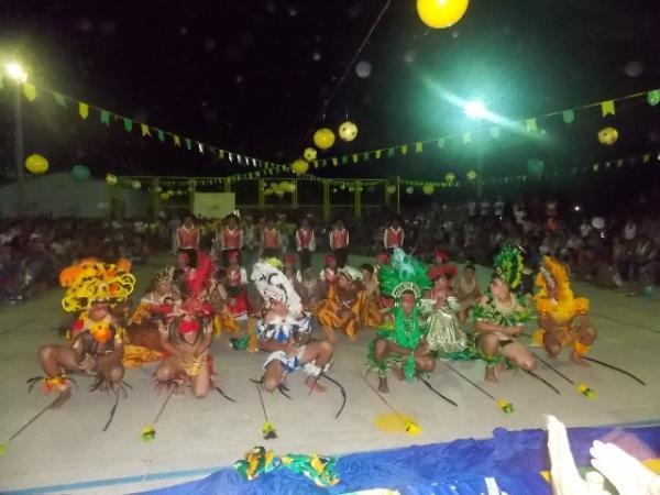 Aniversário da cidade : Noite da educação foi um espetáculo em Canavieira  - Imagem 5