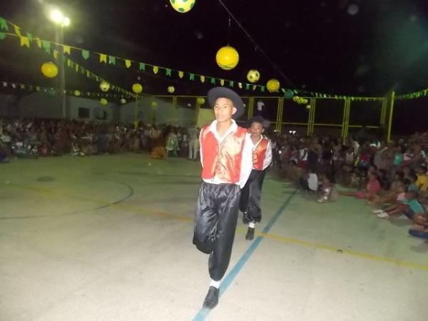Aniversário da cidade : Noite da educação foi um espetáculo em Canavieira  - Imagem 10