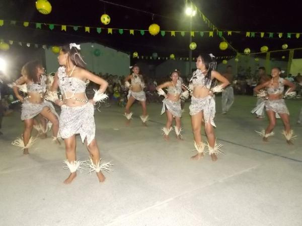 Aniversário da cidade : Noite da educação foi um espetáculo em Canavieira  - Imagem 61