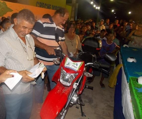 Canavieira comemora 22 anos com inaugurações, corte de bolo e muita festa.  - Imagem 9