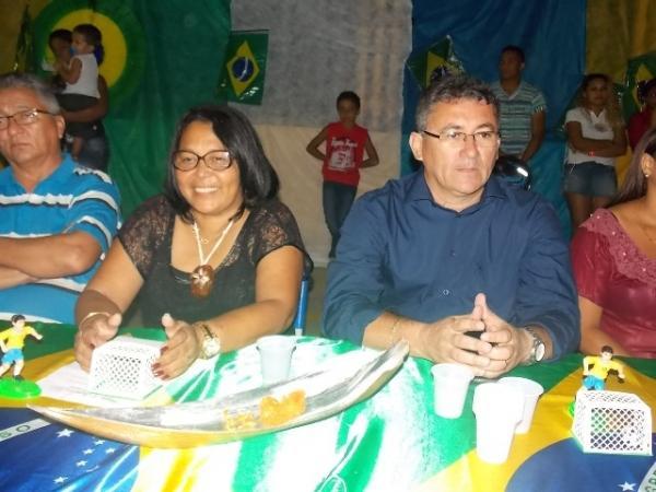 Aniversário da cidade : Noite da educação foi um espetáculo em Canavieira  - Imagem 41