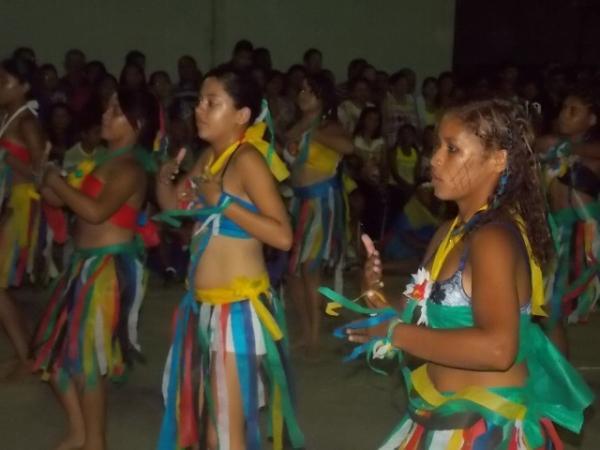 Aniversário da cidade : Noite da educação foi um espetáculo em Canavieira  - Imagem 55