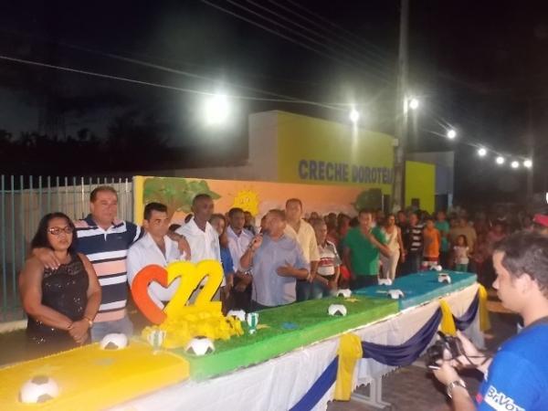 Canavieira comemora 22 anos com inaugurações, corte de bolo e muita festa.  - Imagem 23