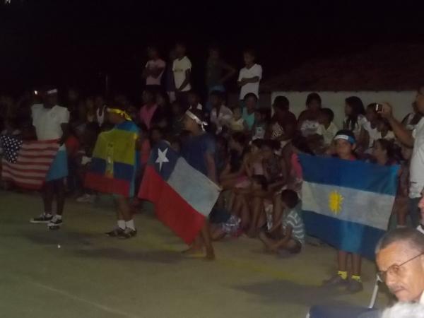 Aniversário da cidade : Noite da educação foi um espetáculo em Canavieira  - Imagem 71