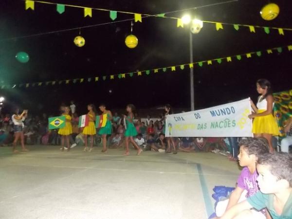 Aniversário da cidade : Noite da educação foi um espetáculo em Canavieira  - Imagem 43