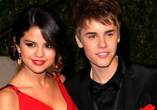 Selena Gomez e Justin Bieber pretendem morar juntos, diz revista