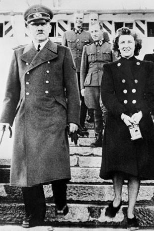 Eva Braun pode ter sido descendente de judeus asquenazes. Análises foram feitas em cabelos encontrados em escova na casa do casal.