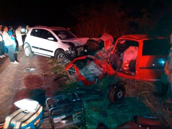 2 vereadores morrem e 1 fica ferido após acidente na BR-242, na Bahia