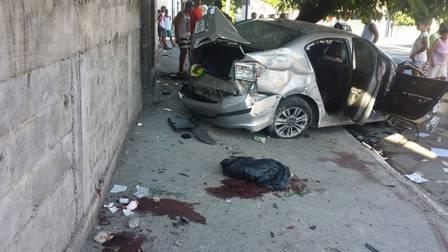 Perseguição policial acaba com um homem morto e três feridos em Niterói