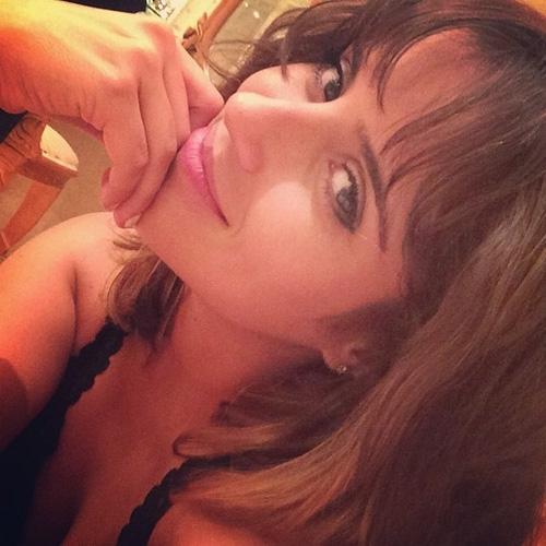 Camilla Camargo diz que não é mais reconhecida após novo visual
