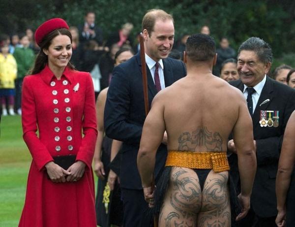 Príncipe George chega à Nova Zelândia em primeira viagem oficial
