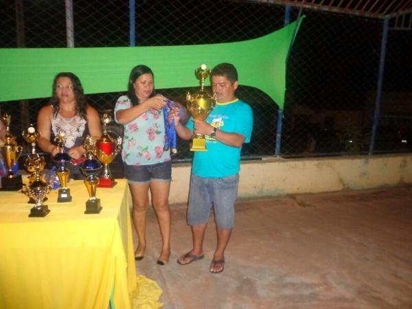 Confira imagens das premiações das corridas feita pelo prefeito Josenildo - Imagem 9