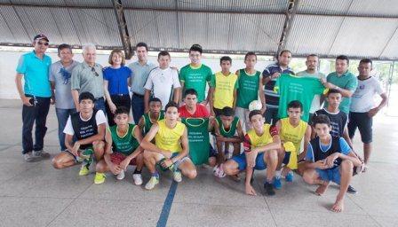 7eb3bff56 Prefeitura de Batalha realizou entrega de material esportivo para escolinha  do Clube Figueirinhaâ€