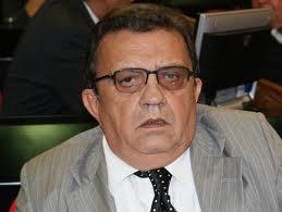 Prefeitura de Campinas do Piauí decreta luto de 03 dias pelo falecimento do deputado Ubiraci Carvalho