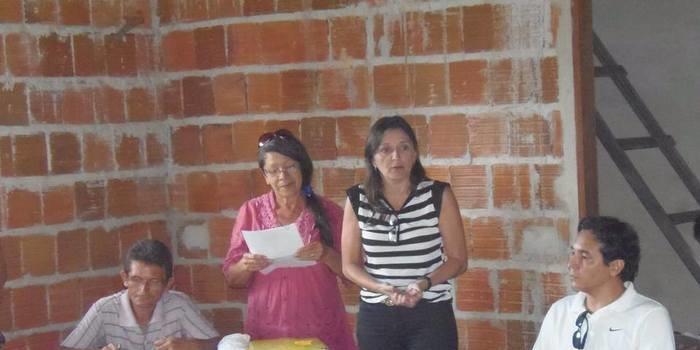 Adrine Prado visita povoado Jacobina e anuncia melhorias conseguidas para a região