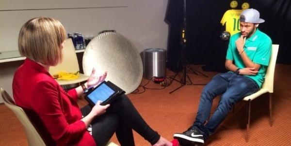 Cueca de Neymar chama a aten鈬o de repter da CNN em entrevista