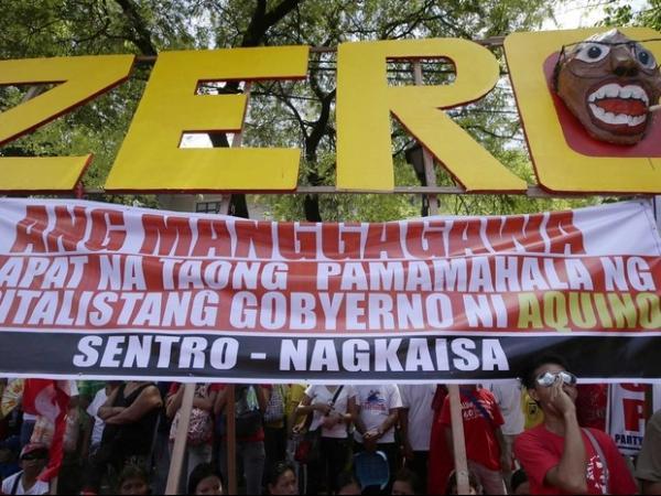 Protestos marcam as comemora鋏es do Dia do Trabalho pelo mundo