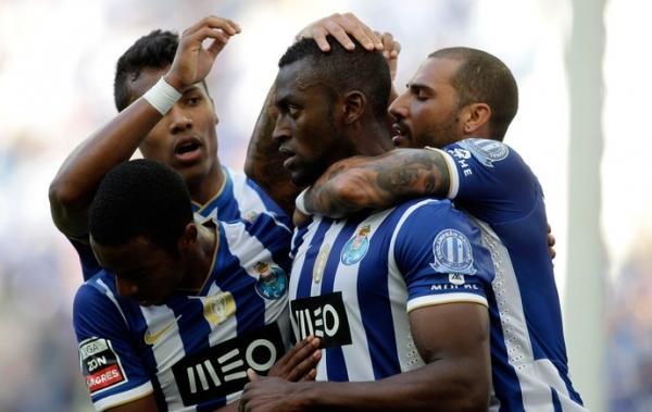 Na saideira do Português, Porto bate o campeão Benfica. Sporting é o vice