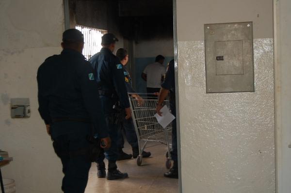 Polícia frustra plano de presos em cometer crimes no Dia das Mães