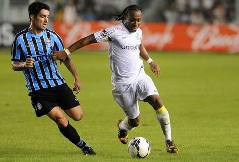 Santos tem a volta de seis titulares contra Figueirense