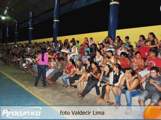 Escolas Municipais de Piracuruca promovem festa do Dia das mães