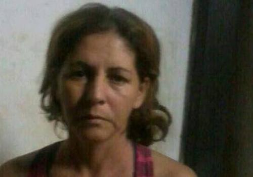 Mulher mata marido com garrafa e diz que se defendeu de agressões